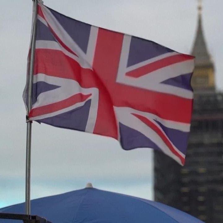 سلالة كورونا الجديدة تحظر الرحلات الجوية من بريطانيا لهولندا