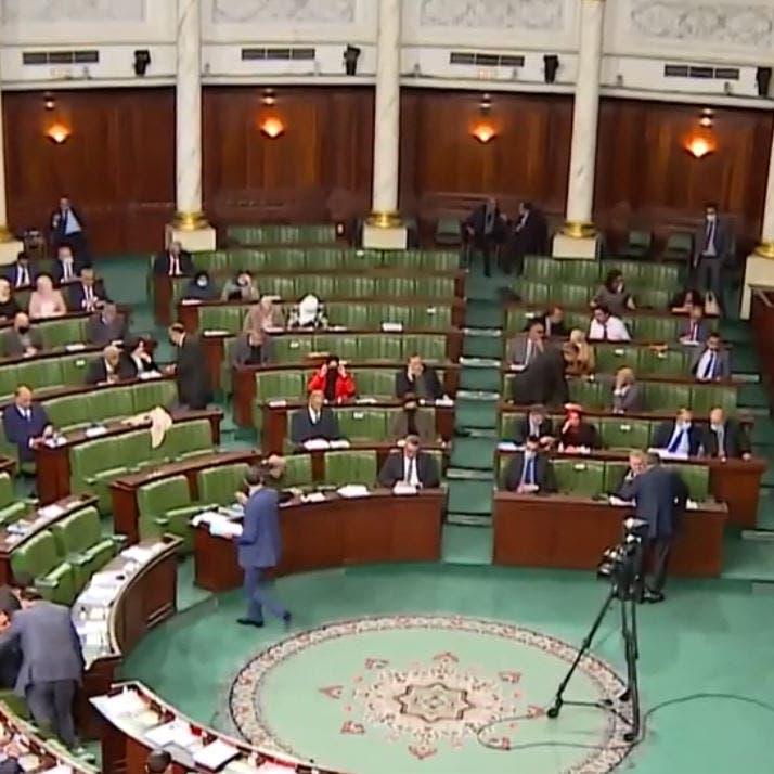 البرلمان التونسي يدخل دائرة العنف.. والغنوشي يتجاهل الشجار