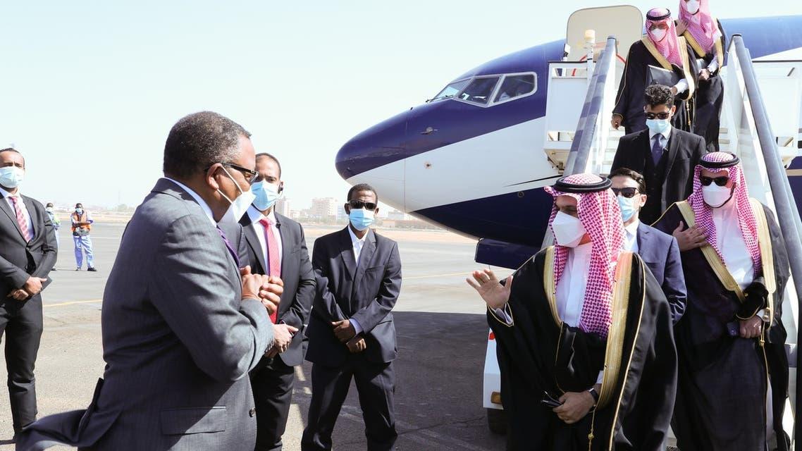 Saudi FM Prince Faisal bin Farhan arrives in the Sudanese capital Khartoum. (Via @KSAMOFA Twitter)