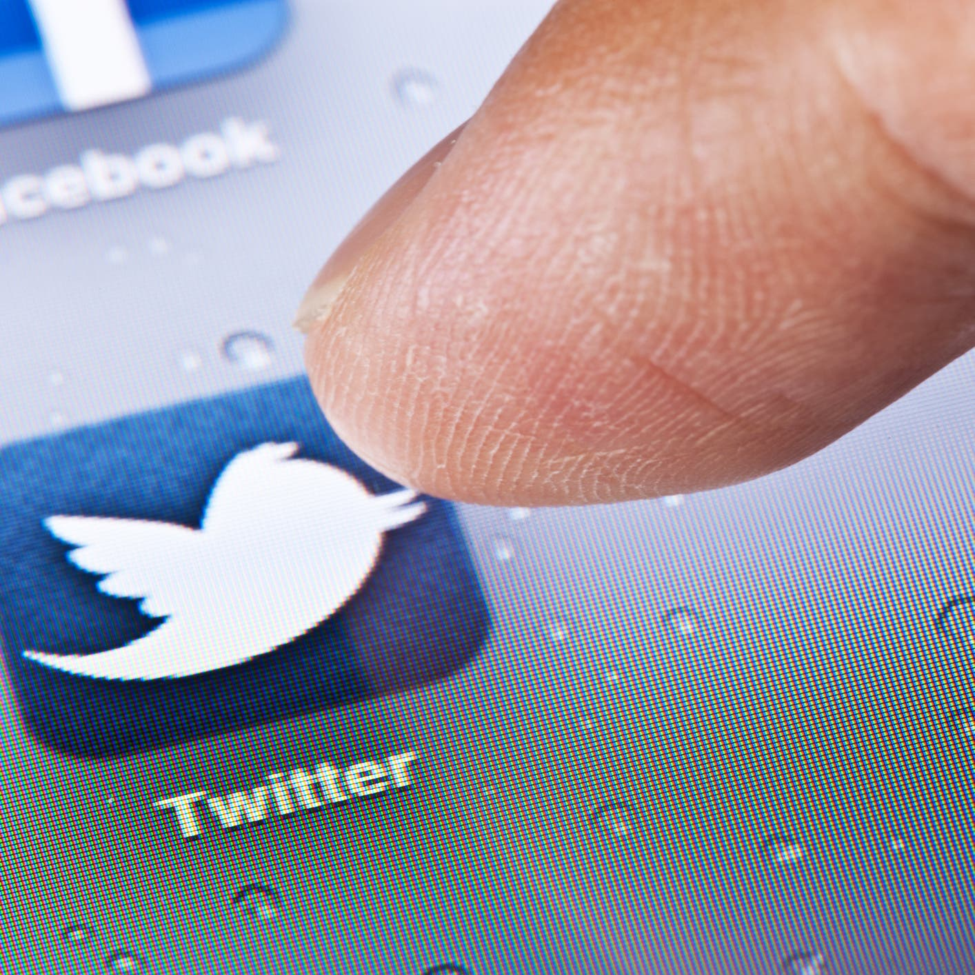 """""""تويتر"""" تعيد هذه الخاصية.. بعد انتهاء انتخابات أميركا"""