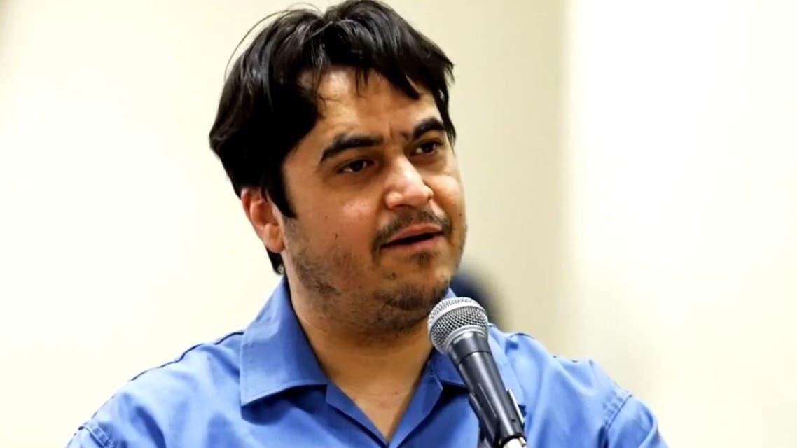 تعرف على أسباب إعدام النظام الإيراني للصحفي روح الله زم