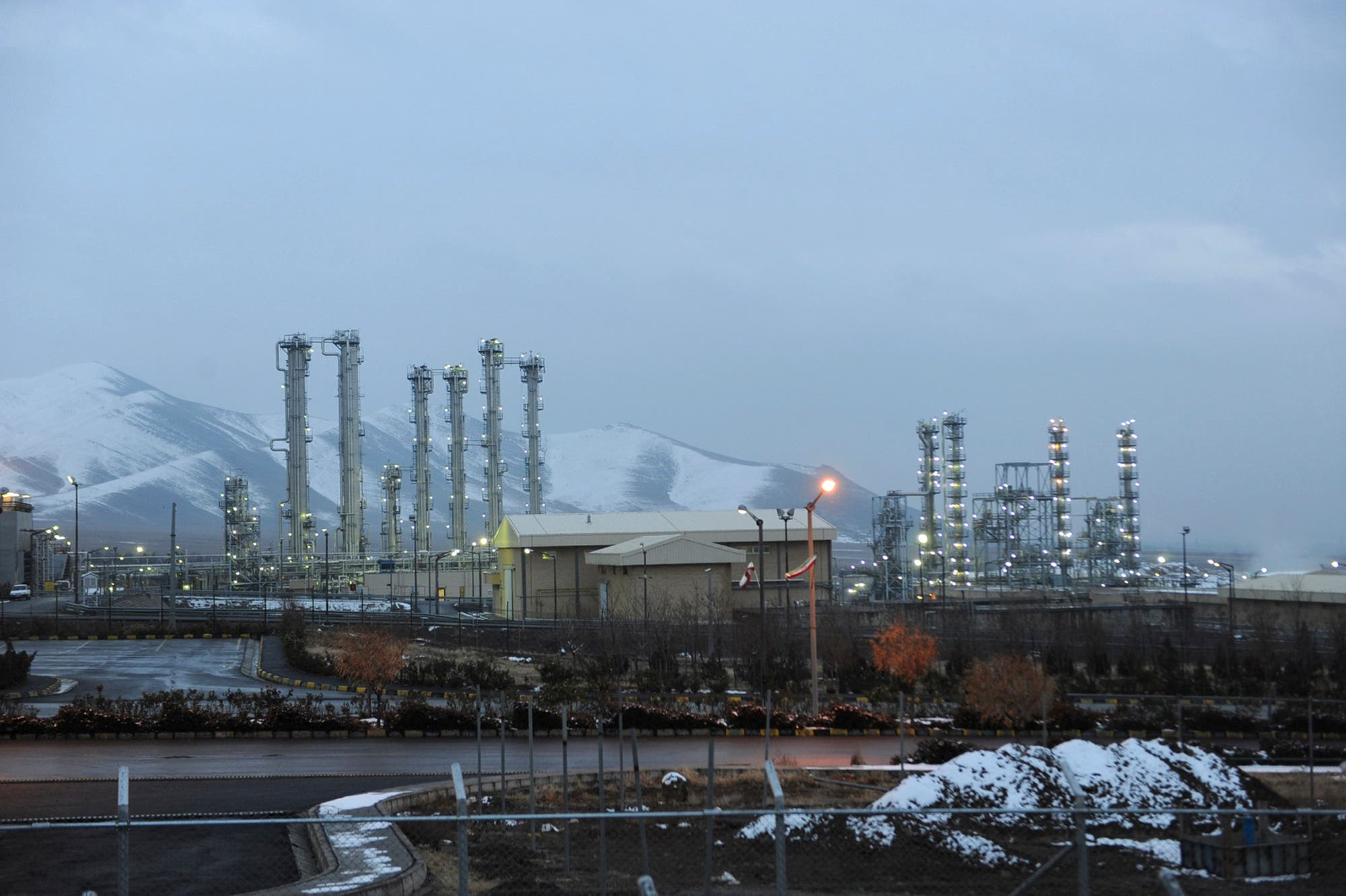 This Jan. 15, 2011 file photo shows the heavy water nuclear facility near Arak, 150 miles (250 kilometers) southwest of the capital Tehran, Iran. (AP)