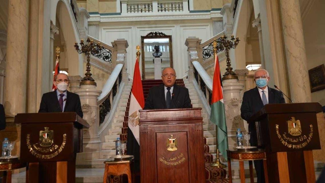 مؤتمر صحفي للوزراء الثلاثة