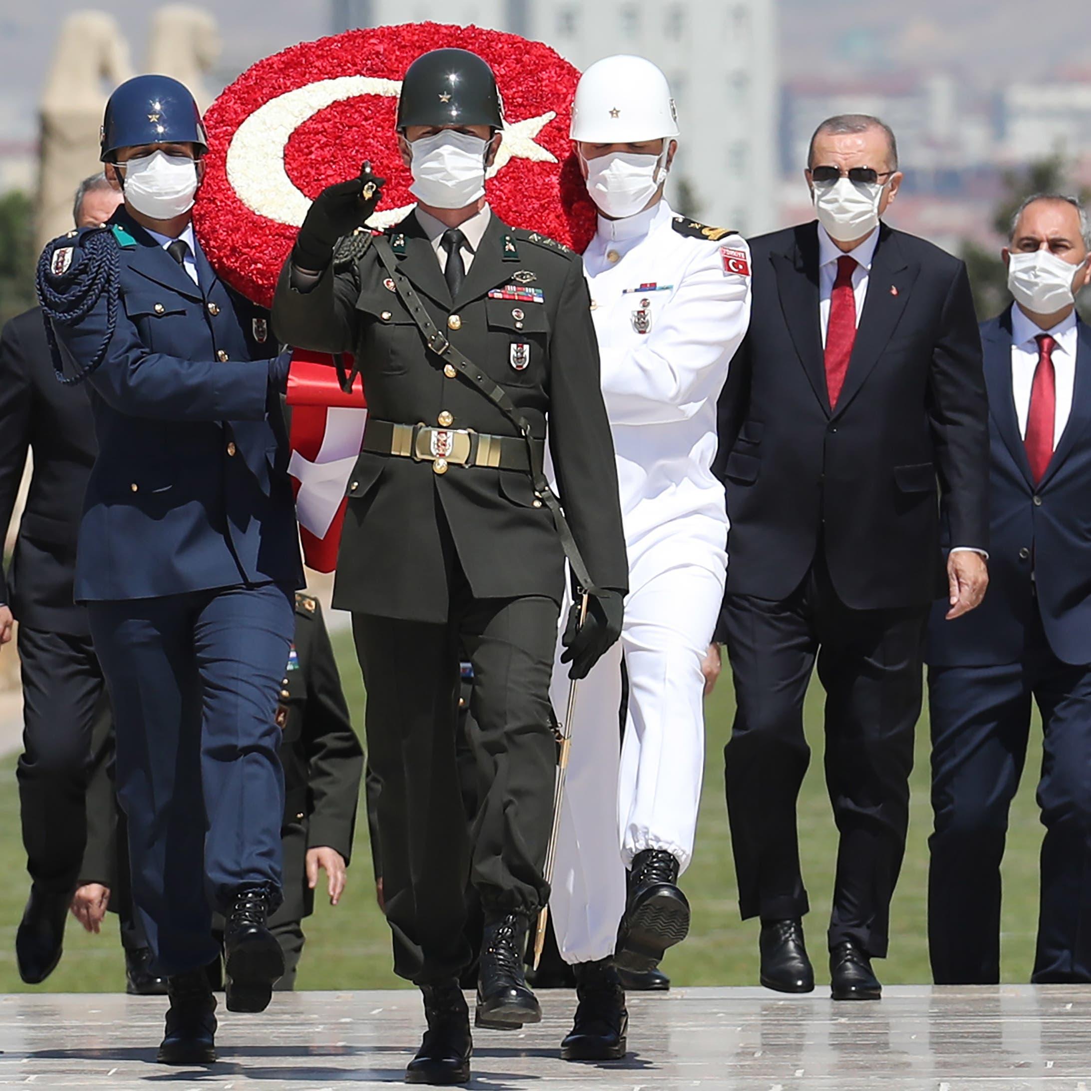 كلام فارغ.. سهام المعارضة ضد خطة أردوغان الحقوقية