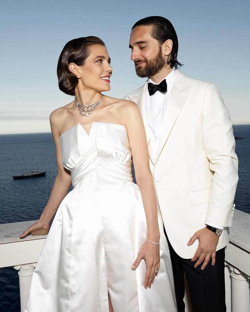شارلوت في حفل زفافها من ديميتري رسام  في العام 2019بثوب أبيض يحمل توقيع شانيل