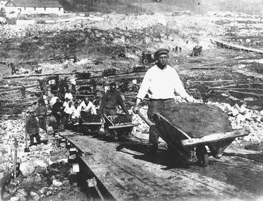 صورة من داخل أحد معسكرات العمل القسري السوفيتية