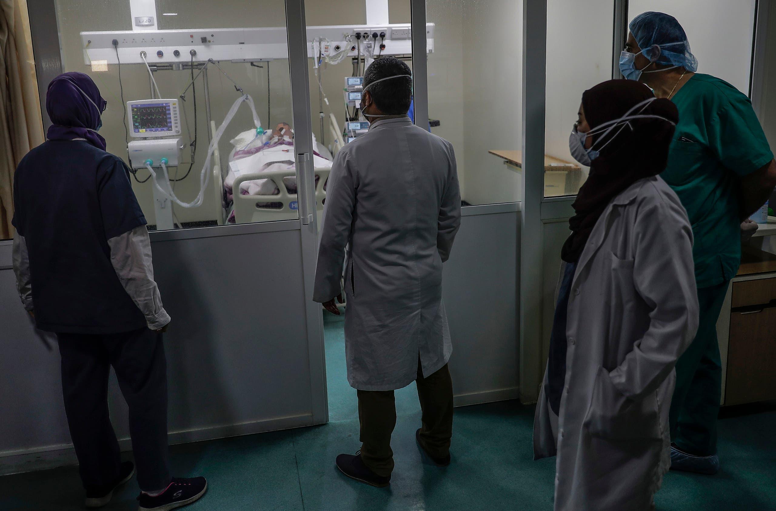 من أحد المستشفيات في لبنان (أرشيفية- فرانس برس)