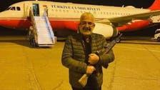 بعد تهديد تركيا للجيش الليبي.. فنان تركي يحمل السلاح بمطار معيتيقة