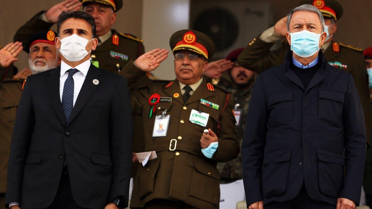 فيديو يثير جدلاً.. ماذا جرى بين وزير تركي ومضيفه بليبيا؟