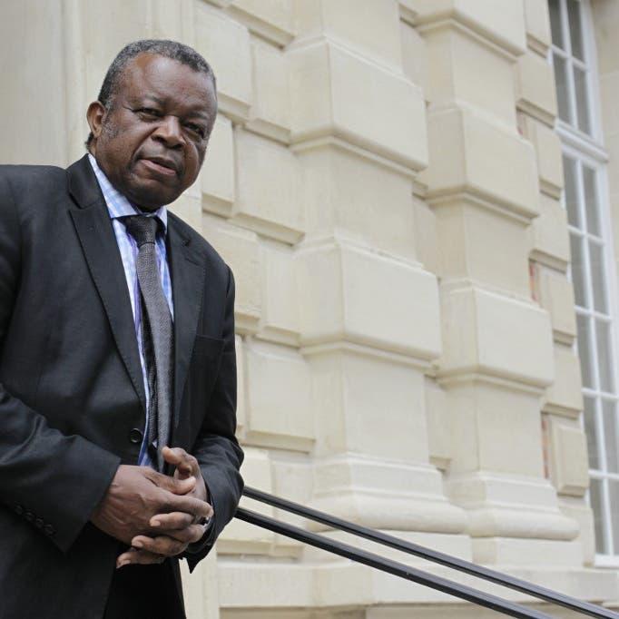 """مكتشف """"إيبولا"""" يحذر العالم.. أوبئة المستقبل ستكون كارثية"""