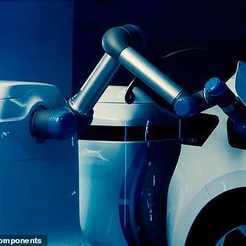 روبوت لإعادة شحن السيارات الكهربائية المتوقفة بشكل مستقل