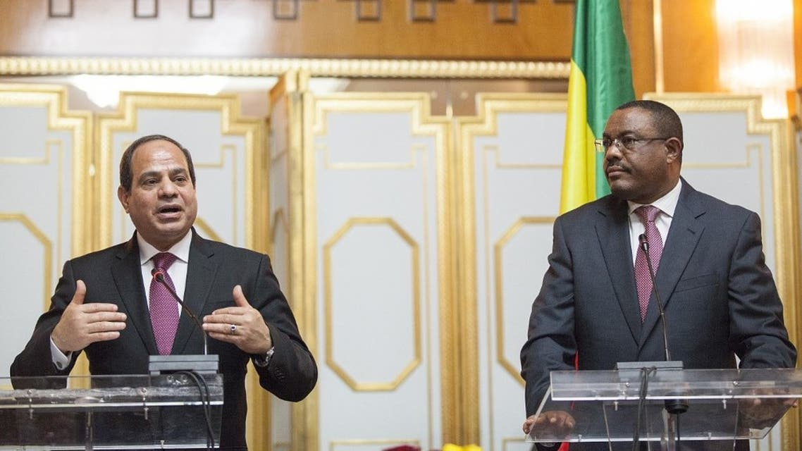 Egypt's president Abdel Fattah el-Sisi (L) and Ethiopian Prime Minister Hailemariam Desalegn give a press conference following their meeting in Addis Ababa on 24 March 2015. (File photo: AFP)