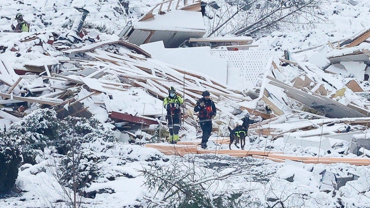 Second body found at site of Norway landslide, eight people still missing thumbnail