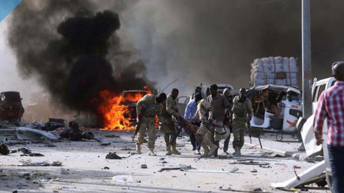 انفجار يستهدف شركة تركية في مقديشو يقتل 5 أشخاص بينهم تركيان