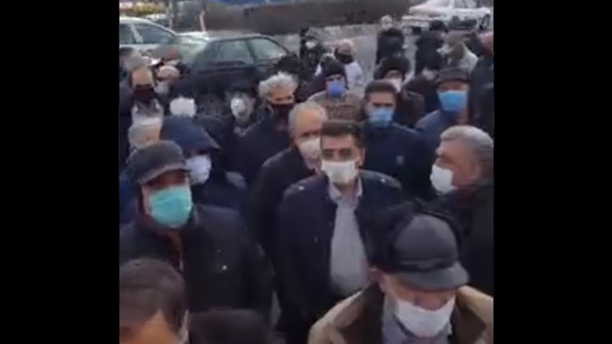 """احتجاجات للمتقاعدين في إيران """"يا ويلكم من كل هذا الظلم"""""""