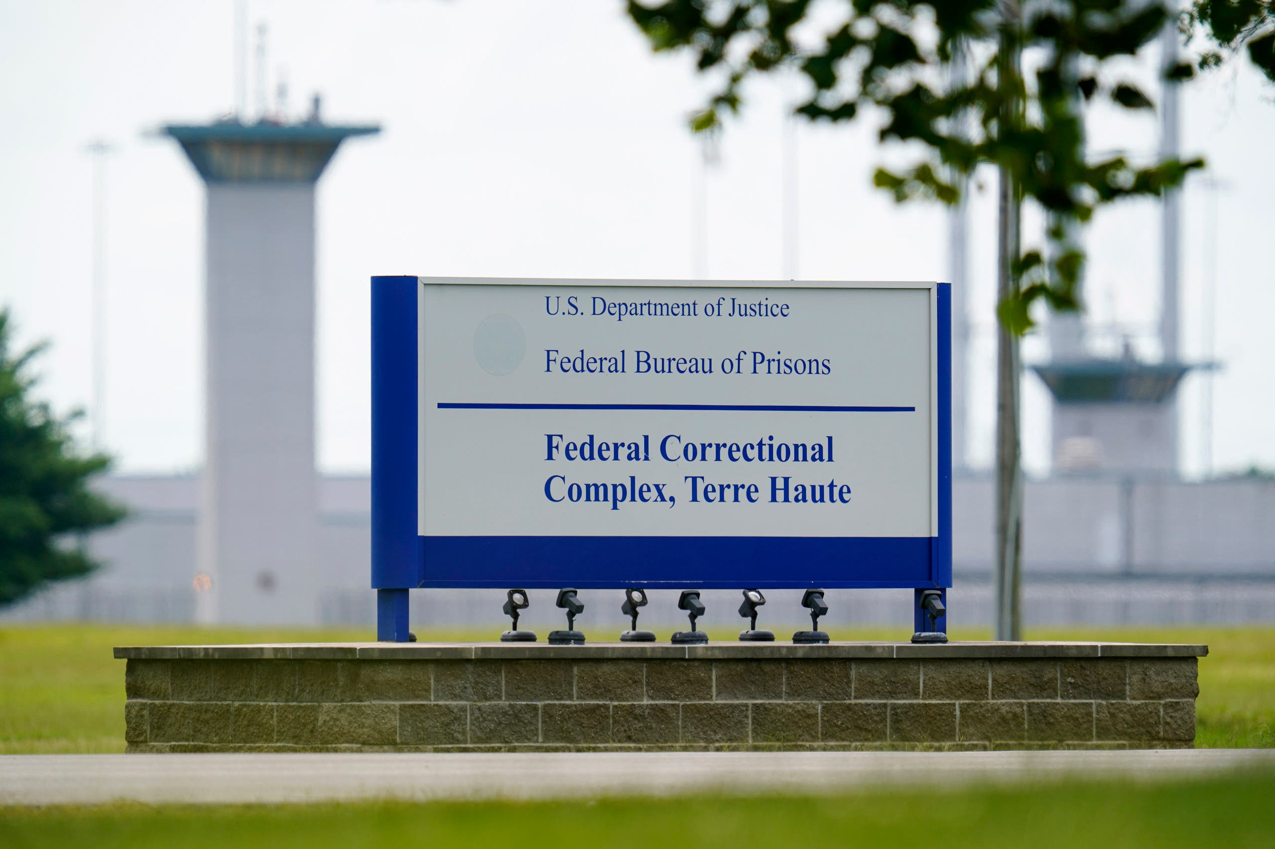 Federal prison complex in Terre Haute, Ind where Lisa Montgomery was scheduled to be executed by lethal injection. (File photo: AP)