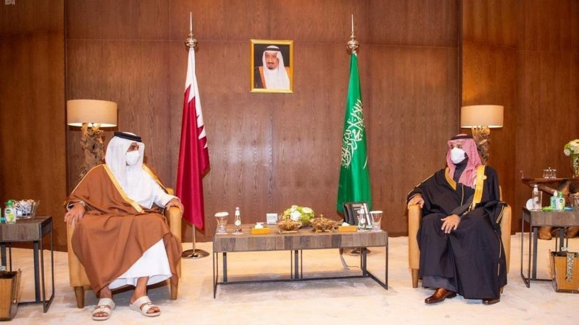 Saudi Arabia's Crown Prince Mohammed bin Salman (R) and Qatar's Emir Sheikh Tamim bin Hamad al-Thani (L) in AlUla, Saudi Arabia on January 5. (SPA)