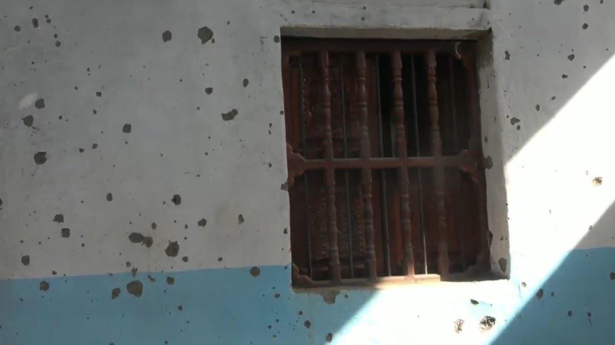 فيديو.. قصف حوثي على أحياء سكنية بالحديدة وتفكيك صاروخين