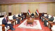 السودان.. البرهان يلتقي منوتشين ويؤكد على علاقة استراتيجية