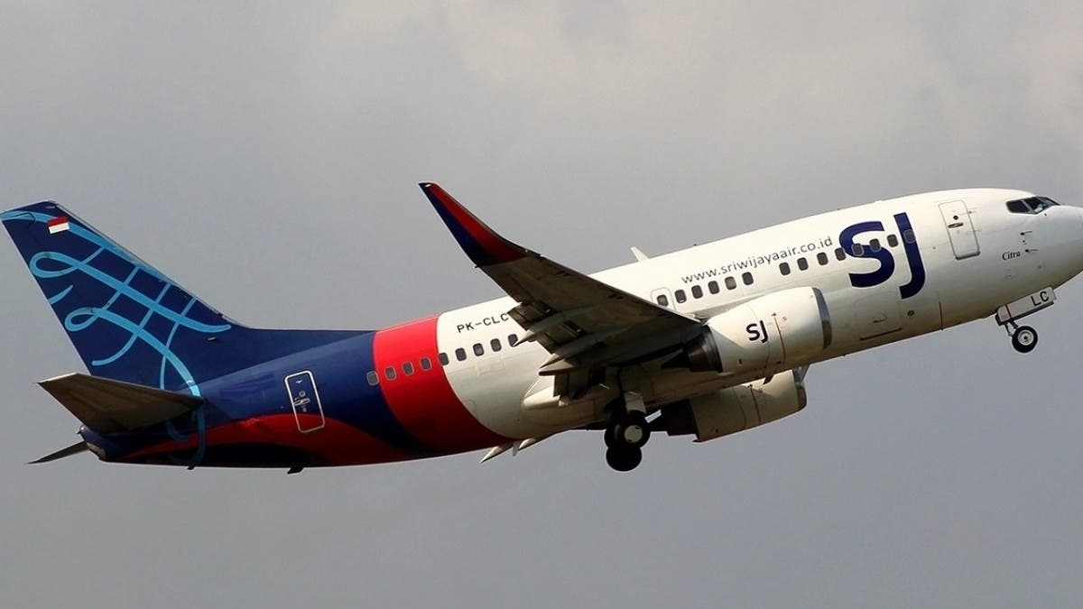 تحطم طائرة إندونيسية تقل 62 راكباً.. بينهم 10 أطفال