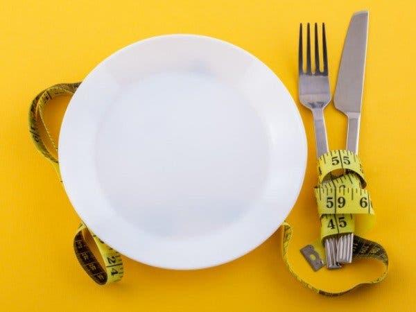 الأطباق الصغيرة تساعد على السيطرة على الوزن