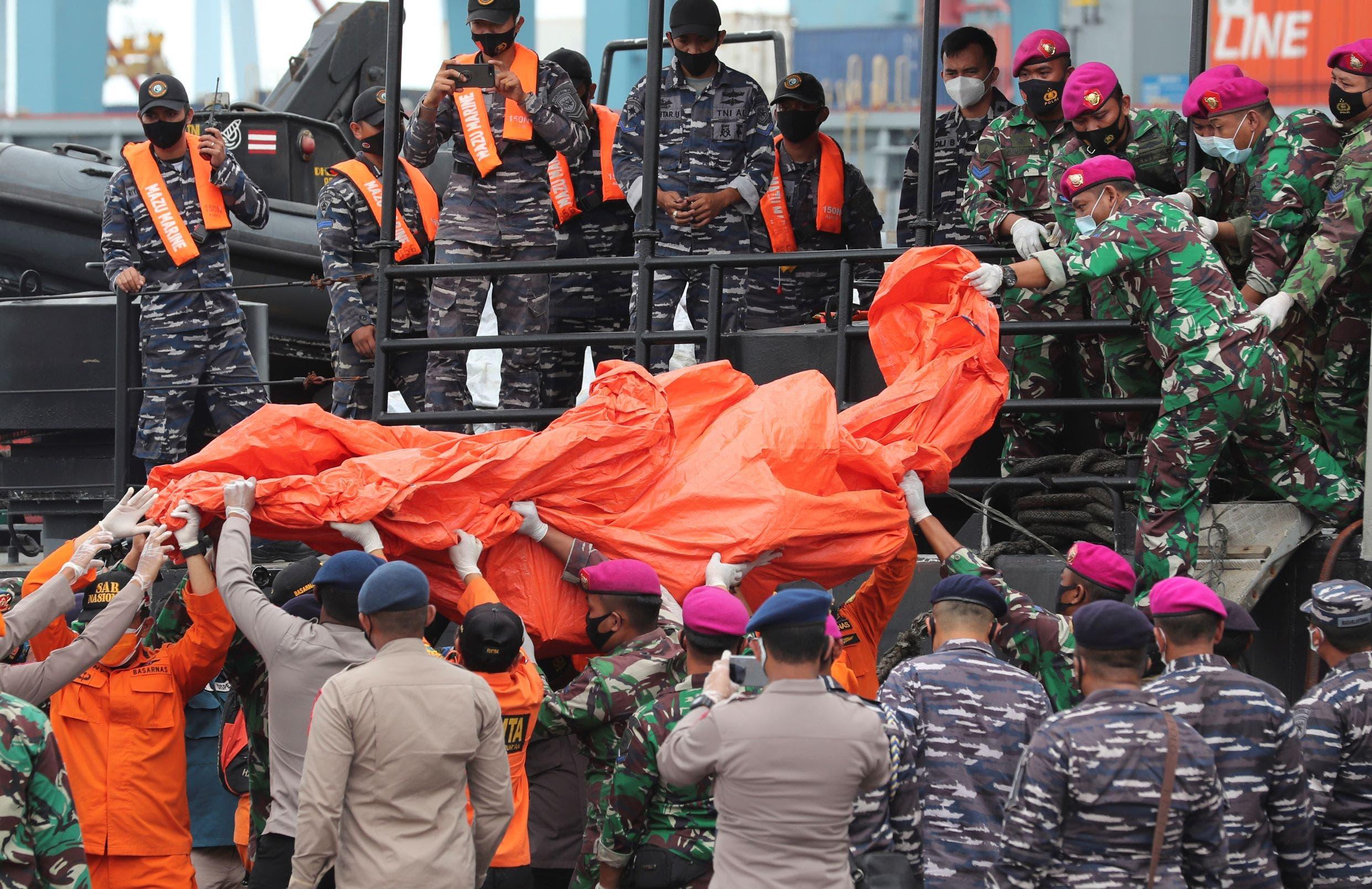 من حادث تحطم الطائرة الاندونيسية