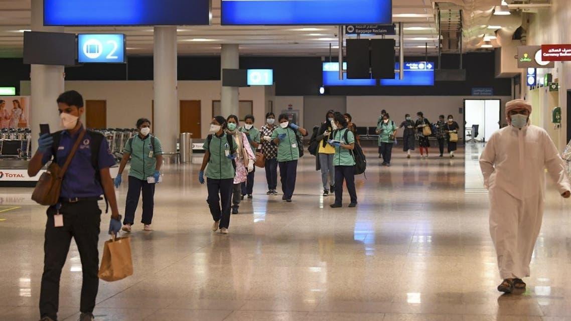 مطار دبي ب