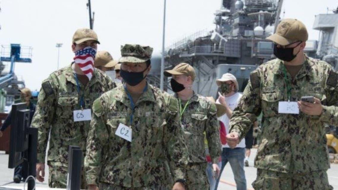 عسكريون مشاركون في التجارب