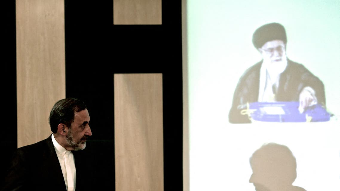 مستشار خامنئي علي أكبر ولايتي (فرانس برس)