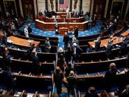 """الكونغرس يسعى لاستعادة """"سلطة إعلان الحرب"""" من الرئيس"""