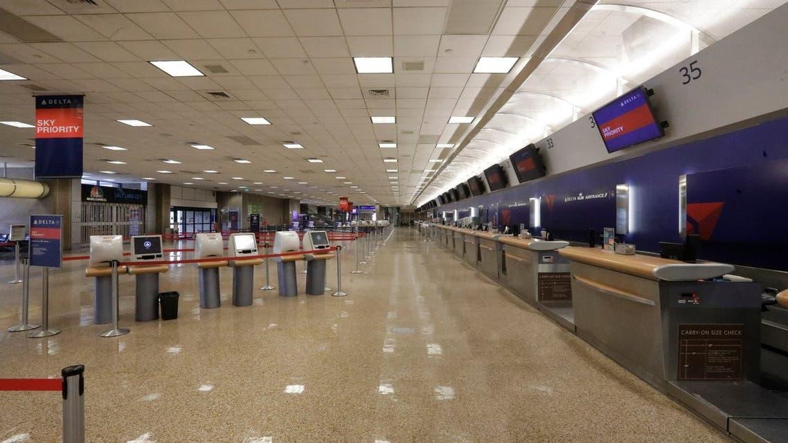 مطار سفر أميركا  كورونا