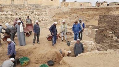 مصر..الكشف عن آبار دفن وتوابيت ومومياوات تعود إلى الدولة الحديثة