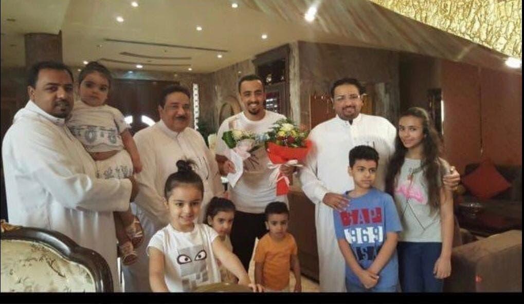 فهد الحمود مع عائلته
