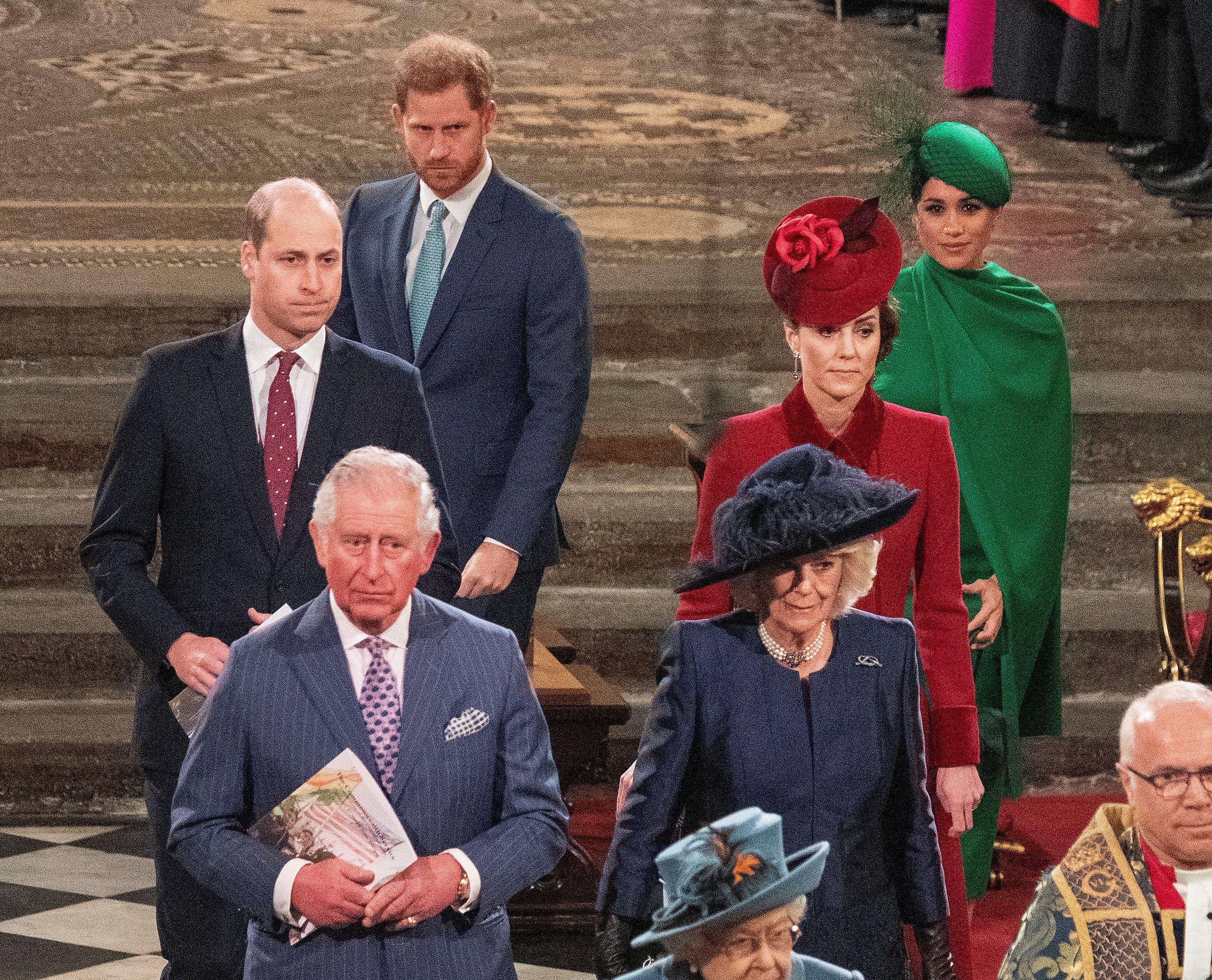أفراد من العائلة المالكة البريطانية خلال مناسبة رسمية في مارس الماضي
