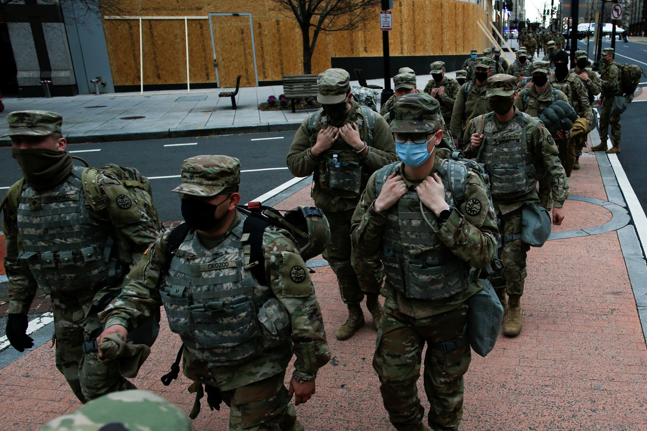 الحرس الوطني في واشنطن استعدادا ليوم تنصيب بايدن (أرشيفية رويترز )