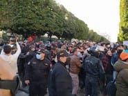 تونس.. مظاهرات غاضبة لإطلاق المعتقلين وتحقيق التنمية