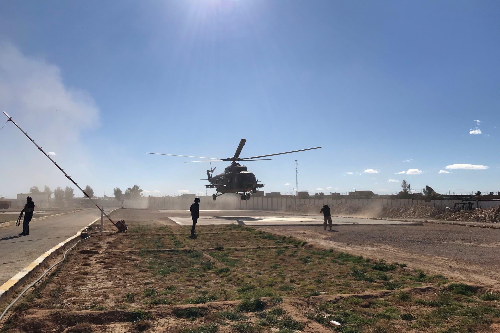 القوات العراقية على الحدود مع سوريا