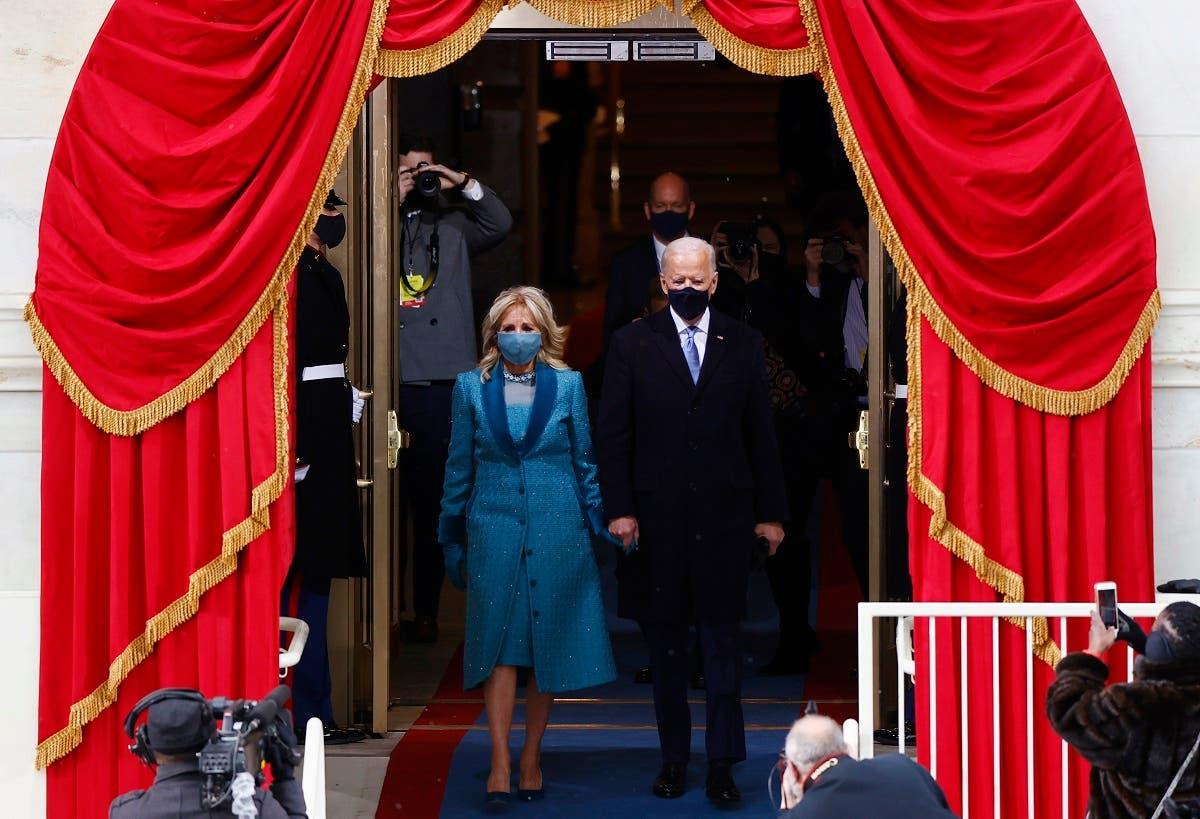 بايدن يصل مع زوجته إلى حفل التنصيب