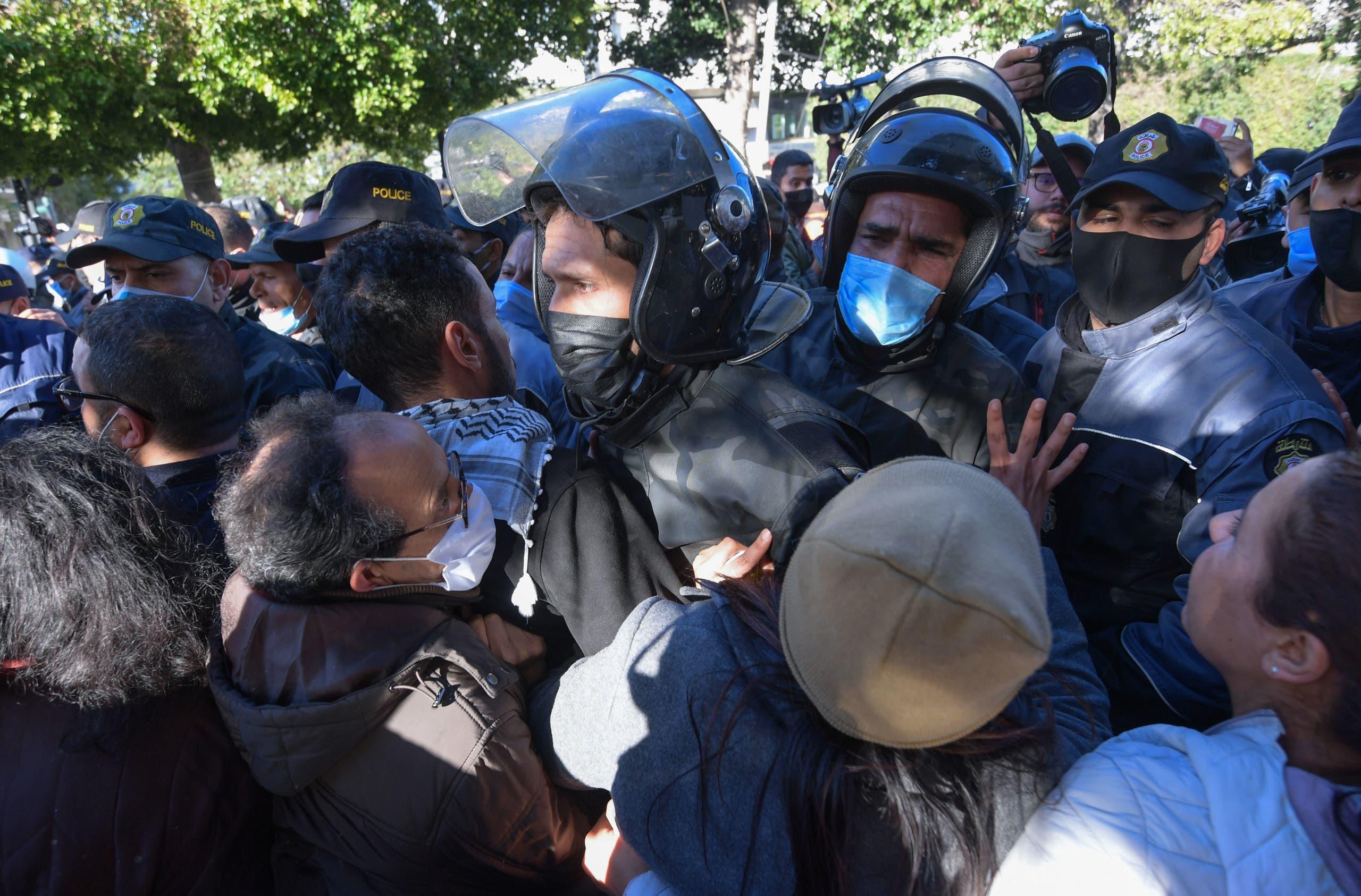 من الاحتجاجاجت الثلاثاء في العاصمة تونس