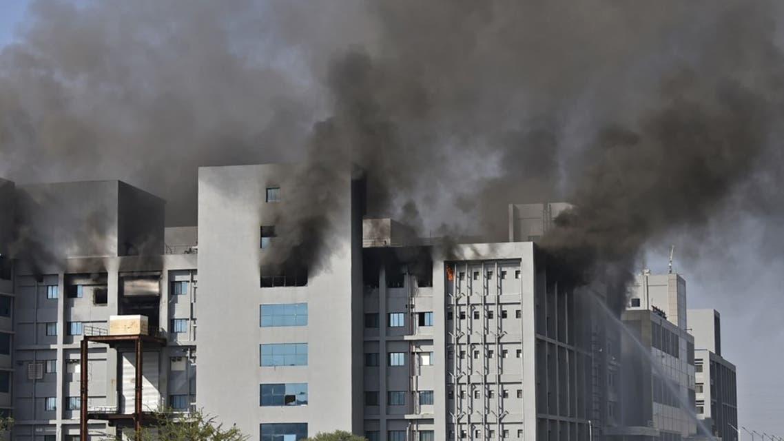 حريق في أكبر مصنع لقاحات بالعالم.. وسقوط 5 قتلى