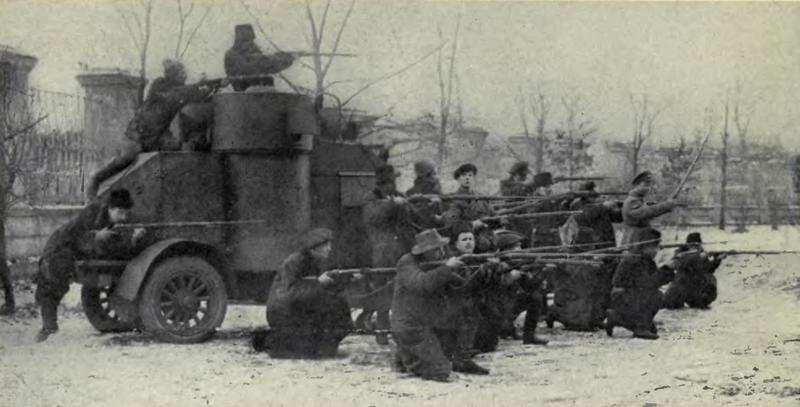 جانب من قوات الجيش الأحمر بالحرب الأهلية