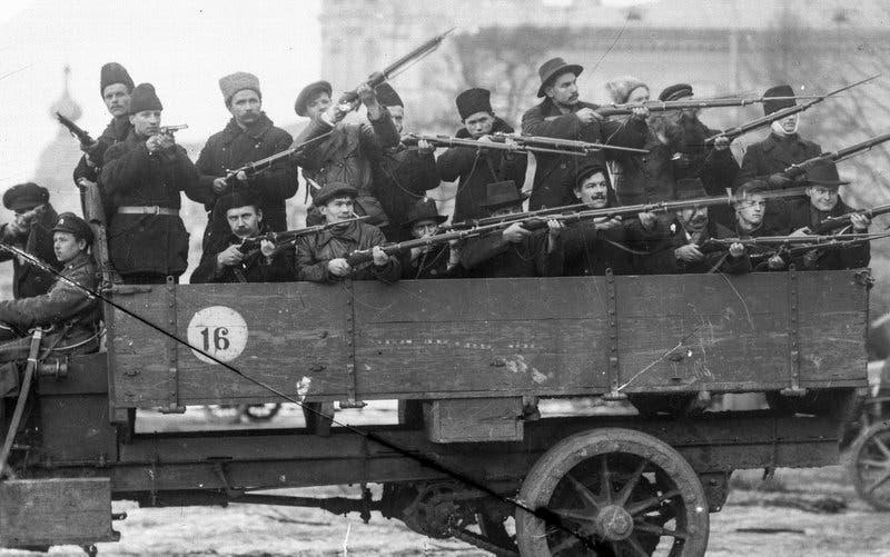 جانب من قوات الجيش الأحمر