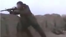 رصاصة واحدة قتلت 5 دواعش من مسافة 900 متر في سوريا