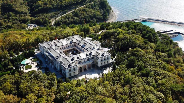 القصر الذي يؤكد نافالني انه ملك بوتين