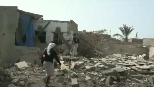 قصف حوثي متجدد على مساكن المواطنين بالحديدة