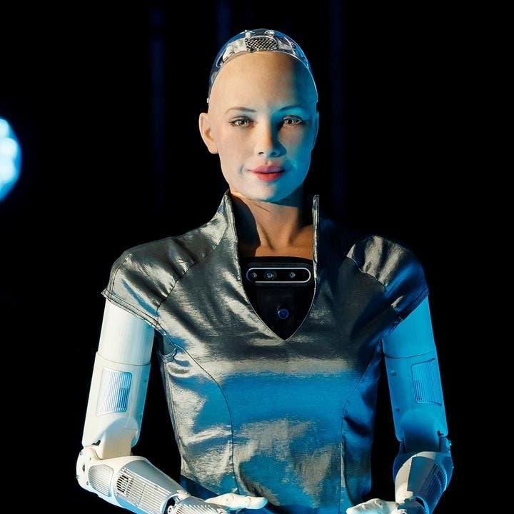 لمواجهة كورونا.. شقيقات الروبوت صوفيا قريبا إلى جانب الجيش الأبيض