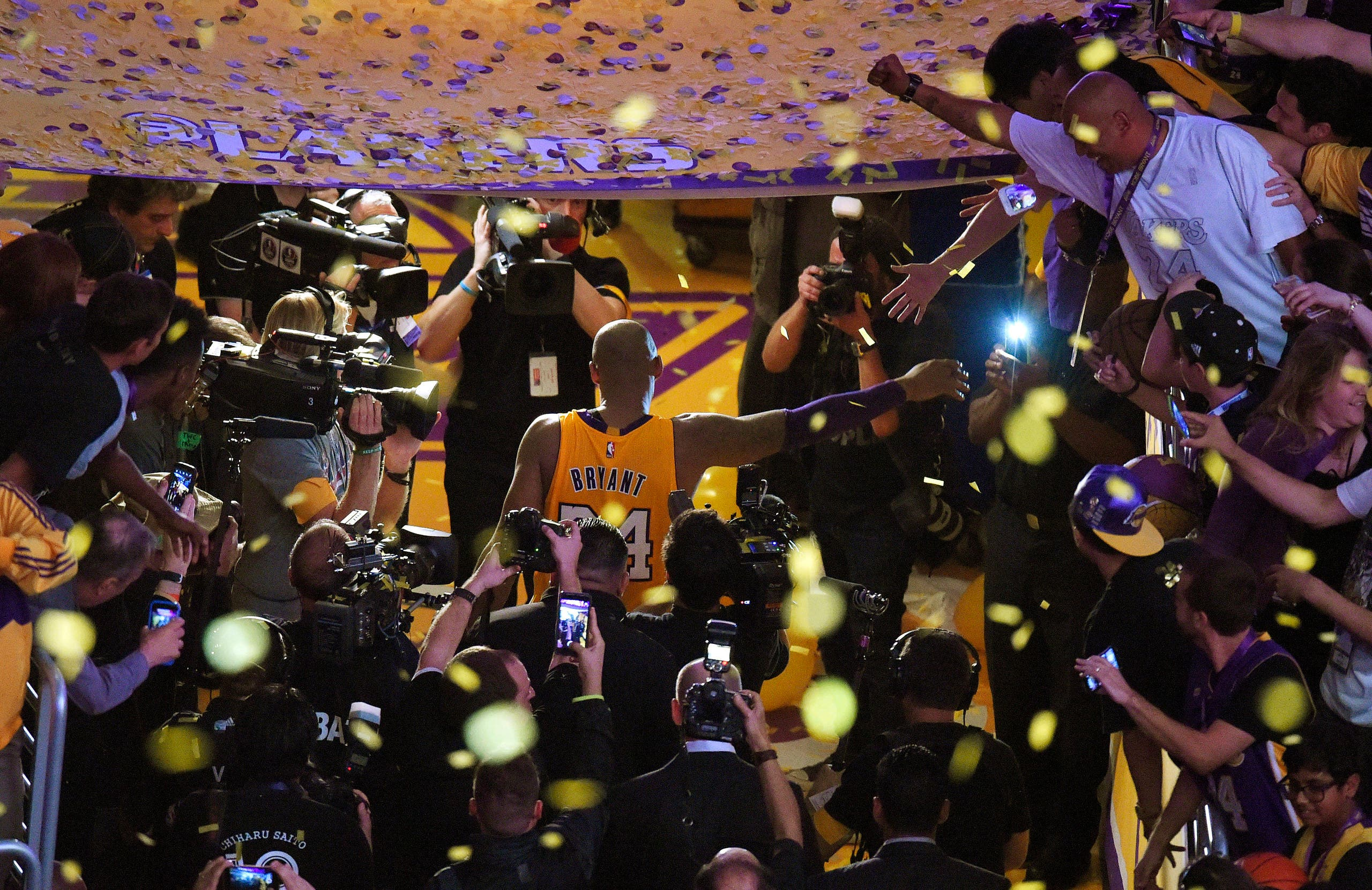 Kobe Bryant walks off the court after finishing his last NBA basketball game before retirement, against the Utah Jazz, on April 13, 2016. (AP)