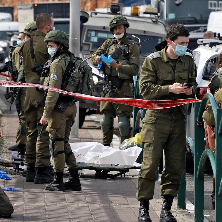 Israeli soldiers shoot, kill Palestinian man, wife sustains bullet wounds: Sources