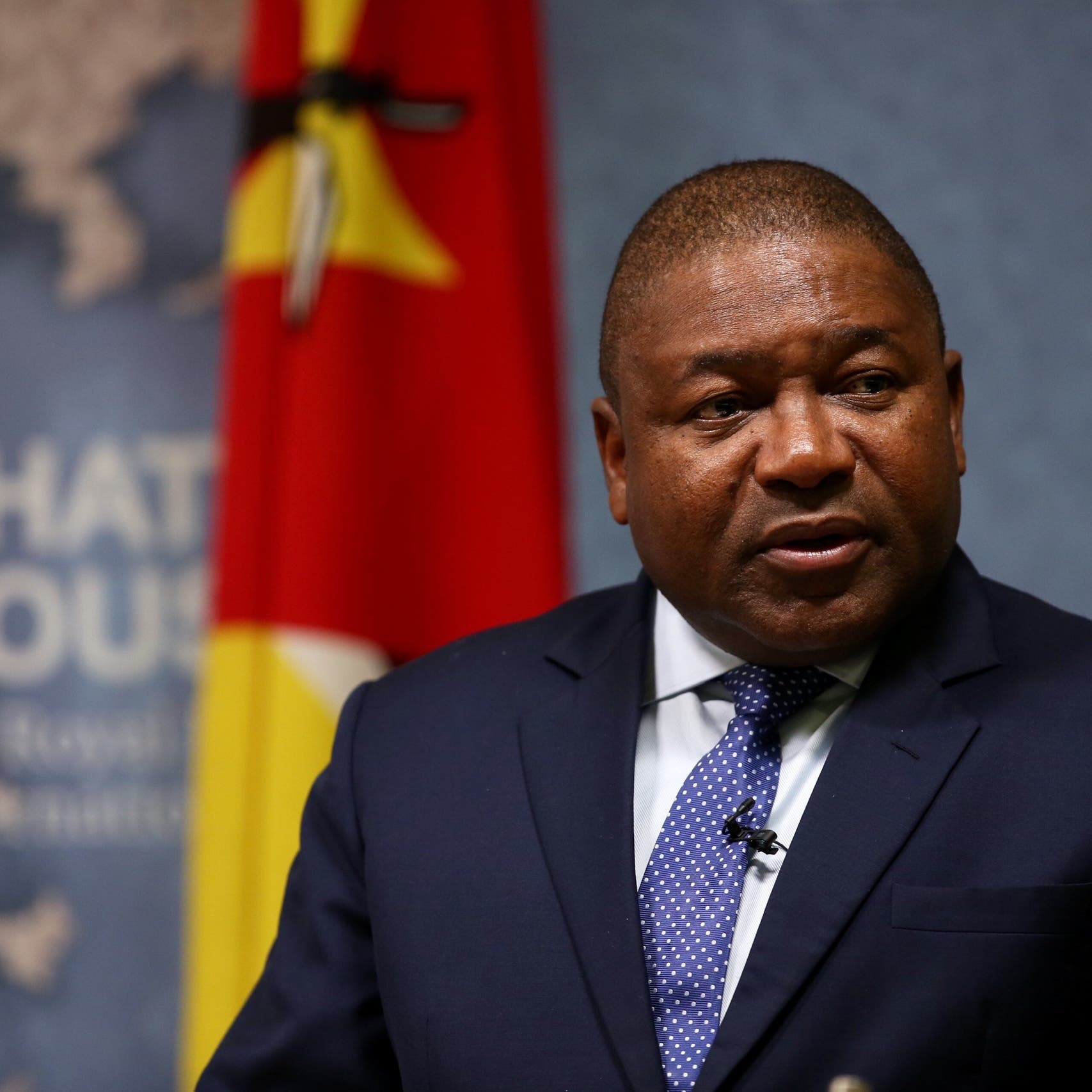 رئيس موزمبيق متهم بتلقي رشوة منملياردير عربي
