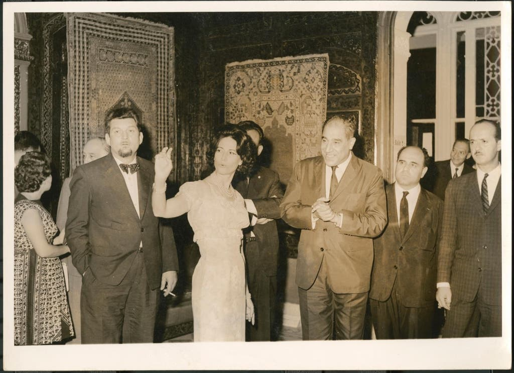 Lady Yvonne Sursock Cochrane at the opening of the exhibition Tapis d'Orient at the Sursock Museum, 1963. (Photo: Sursock Museum archive)